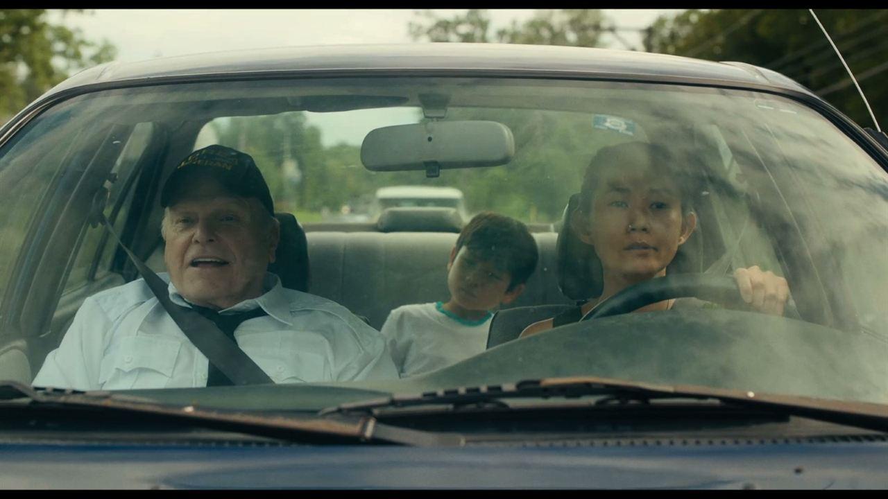 Driveways: Hong Chau, Lucas Jaye, Brian Dennehy