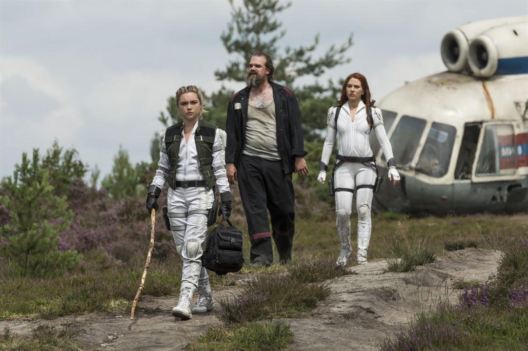 Black Widow : Bild David Harbour, Florence Pugh, Scarlett Johansson
